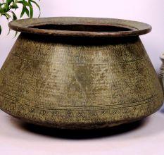 Bronze planter-35.3 x 23.5 inches