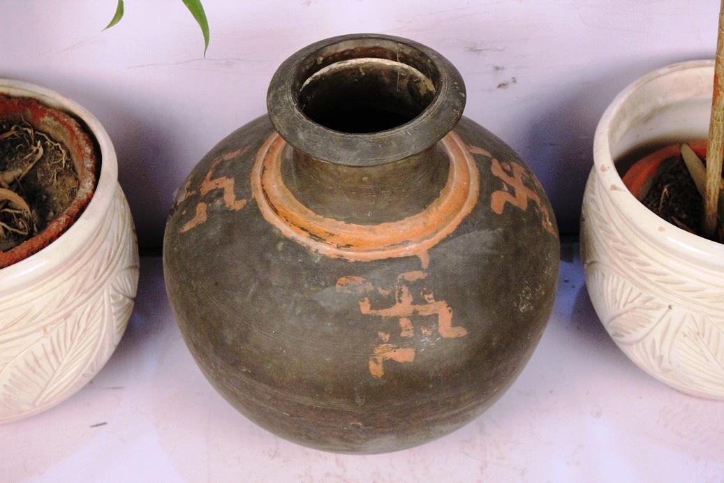 Bronze Planter-16 X 16 Inches