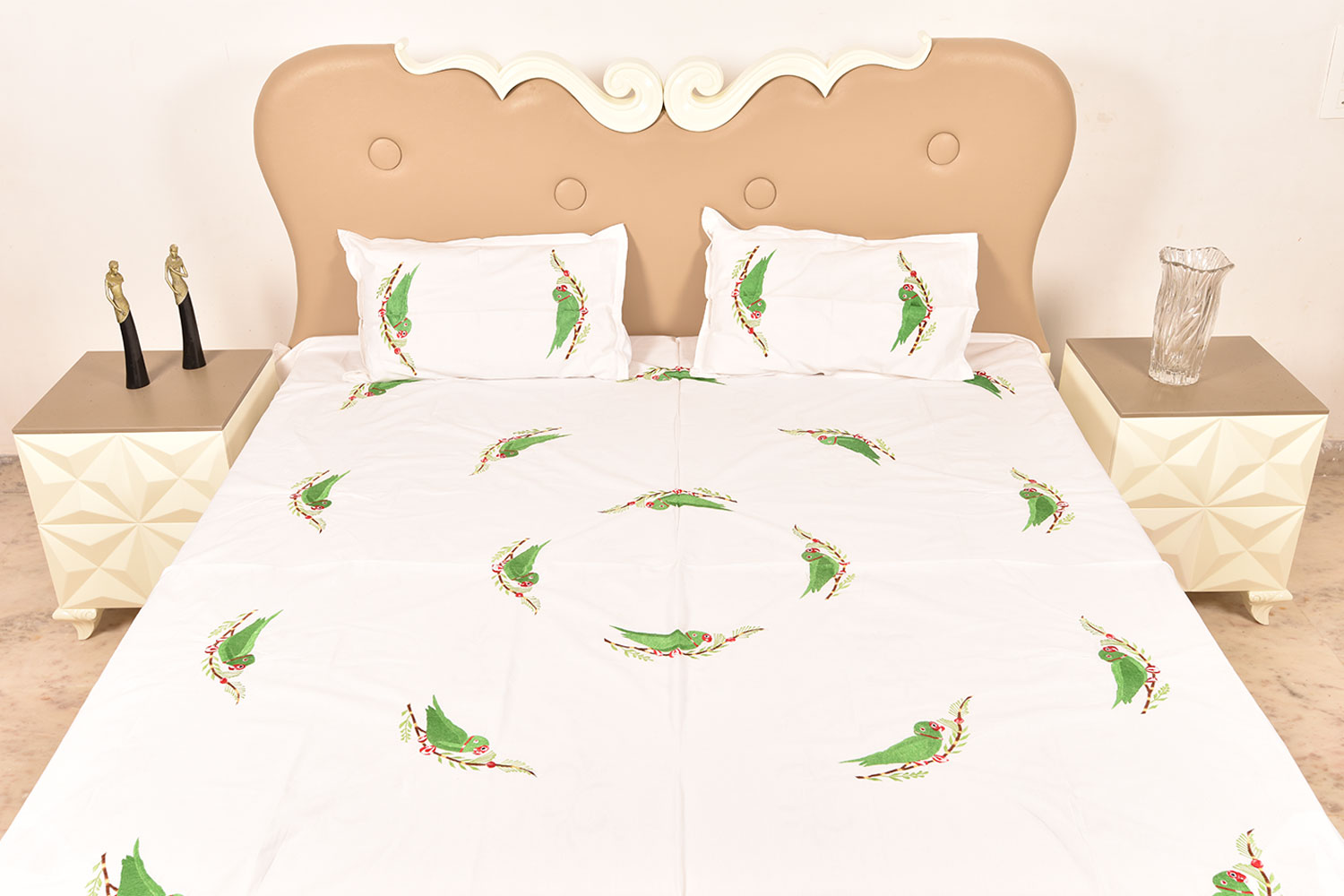 Handmade bed sheets design - White Handmade Double Bed Sheet Linen With Parrot Design Beautiful Decorative Stylish