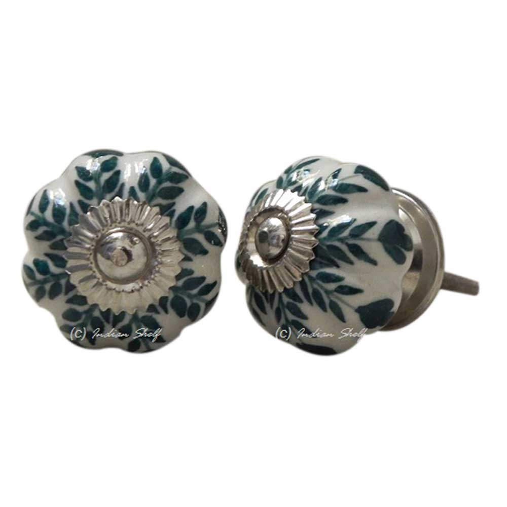 Green Leaf Medium Knob