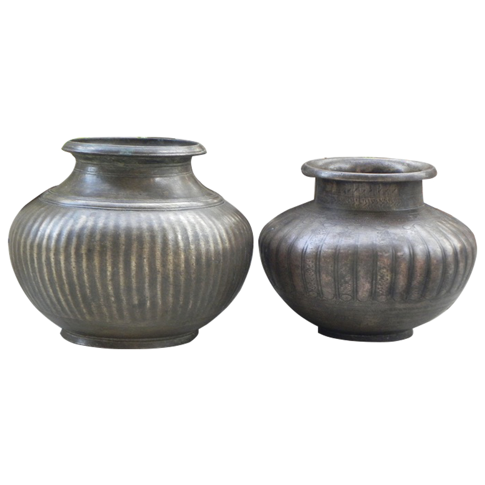 Traditional Bronze Water Pots Ribbed Design In Set of 2