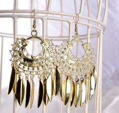 Exaggerated Golden Tassel Designer Women Earrings