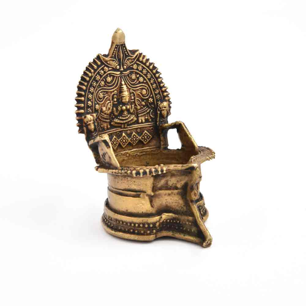 Deepalakshmi Bronze Oil Lamp