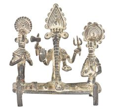 Brass Ganesha Sitting With Ridhi & Sidhi On His Sides