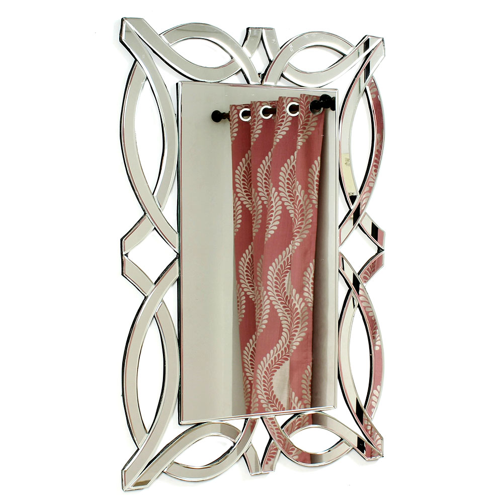 Rectangular Shaped Venetian Mirror With Unique Borders