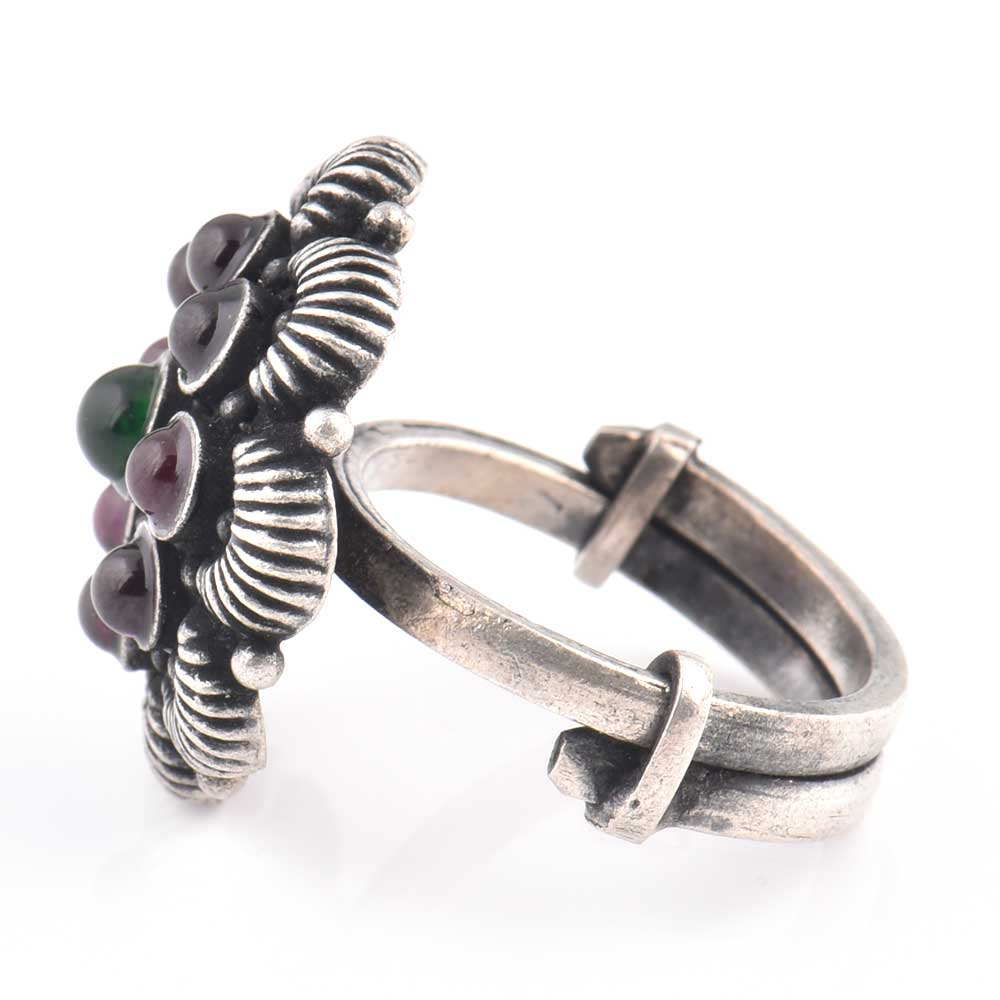 Embossed Petals 92.5 Sterling silver Rings Amethyst Ring Fashion Wear (Free Size)