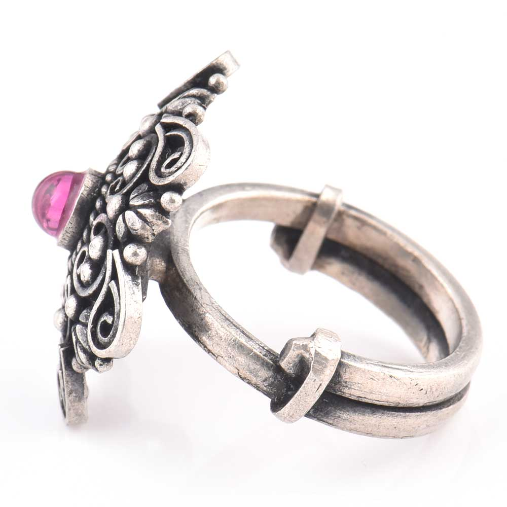 Leafy Scroll 92.5 Sterling Silver Ring Engraved Festive Wear Fashion Accessory (Free Size)