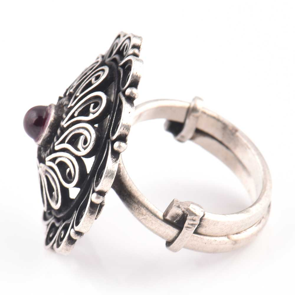 Hand made 92.5 Sterling Silver Ring Filigree Design Amethyst Stone Cocktail Jewelry (Free Size)
