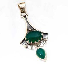 Green Onyx Gemstone 92.5 Sterling Silver Antique Handmade Pendant