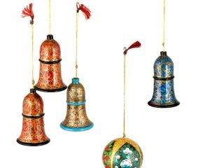 Handmade Bell And Ball Christmas Ornaments Christmas tree Decoration ( Set Of 7)