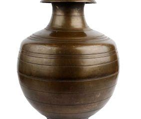 Brass Water Pot Bulbous Fluted Design Decorative Pot