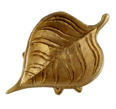 Handmade Brass Leaf Shaped Oil Lamp