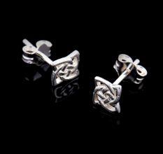 92.5 Sterling Silver Flower Stud Earrings