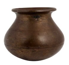 Brass Water Storage Pot For Spiritual Home Decoration