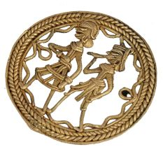 Round�Brass Dhokra Tribal Hunting Couple Wall Hanging