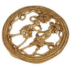 Round Golden Brass�Tribal Couple Dhokra Craft Wall Art