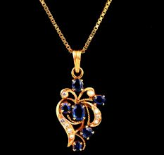 Flower Design Blue Sapphire Stones With Small Diamonds 18K Gold Pendent